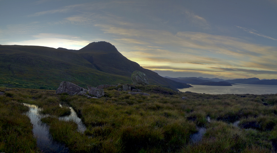Sunrise over Loch Bhraoin